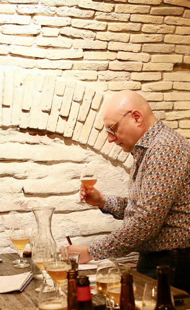 Als biersommelier proef ik regelmatig bier.