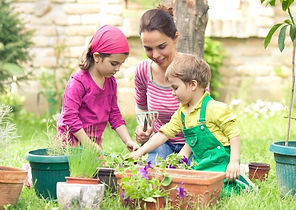 Gardening_with_Kids_How_It_Affects_Your_