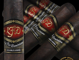 La Flor Dominicana DL 660 at the Tobacco Pouch