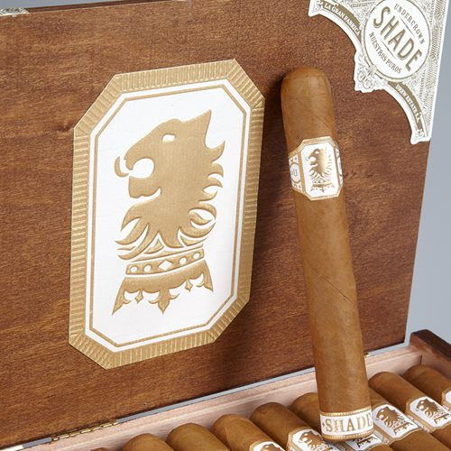 Drew Estate Undercrown Shade at the Tobacco Pouch