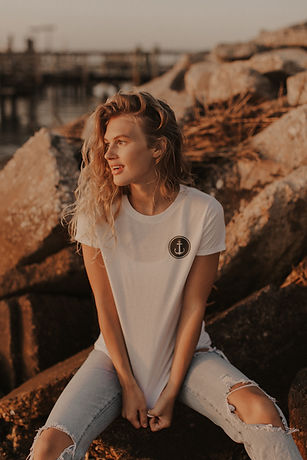 beach womens fashion ocean model