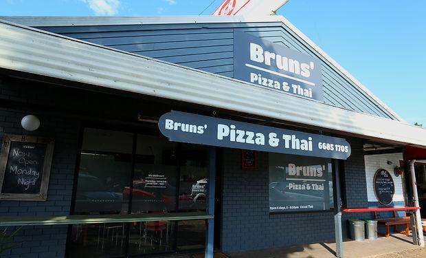 IMG_9370 fri Pizza Thai Brunz.JPG