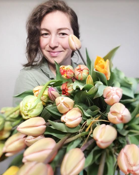 brit with tulips