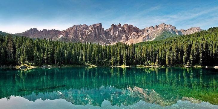 al-lago-di-carezza-e-al-passo-di-costalu