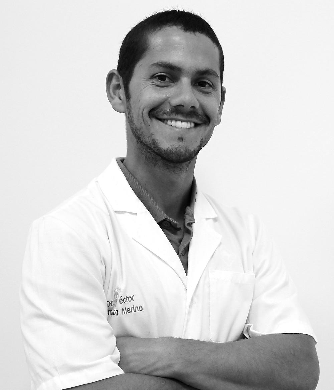 Doctor Héctor Almeida Merino. Traumatólogo infantil.