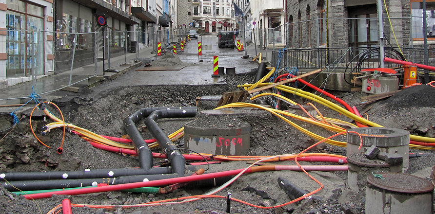 Repair of communications in the city. Pi