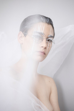 Les yeux dans les yeux -Marion Saupin