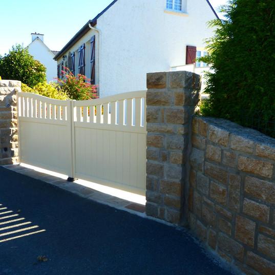 Portail maison bretonne Dinan