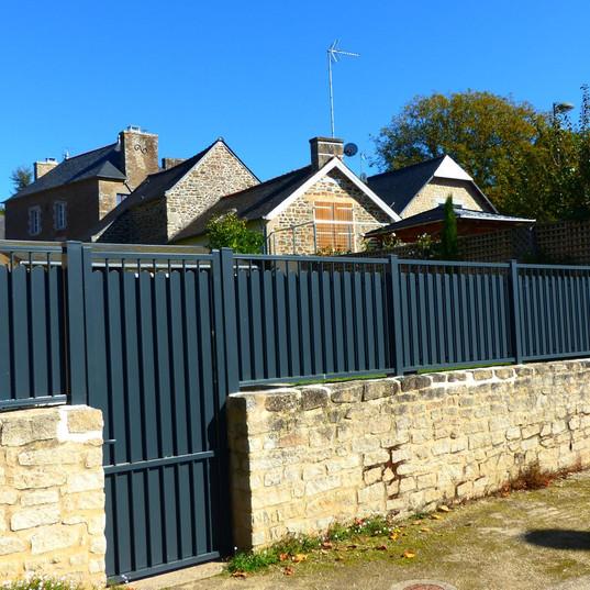 Porte et pallissade maison Saint-Malo