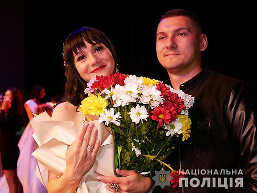 Поліціянтка з Новоселиці отримала пропозицію руки і серця на конкурсі краси у Чернівцях