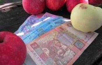 Жителя Припруття «розвели» на гроші і … яблука