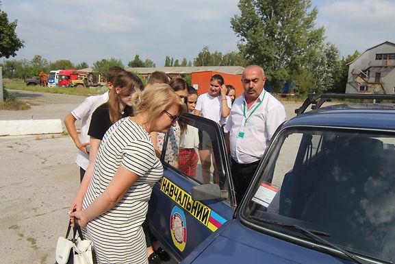 Новоселицькі школярі ознайомились з роботою сервісного центру МВС
