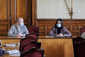 Сімейні лікарі без вихідних, хворих чернівчан прийматимуть у Новоселиці і Герці