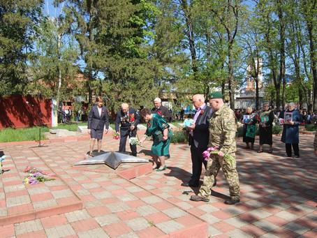 У Новоселиці вшановували пам'ять загиблих