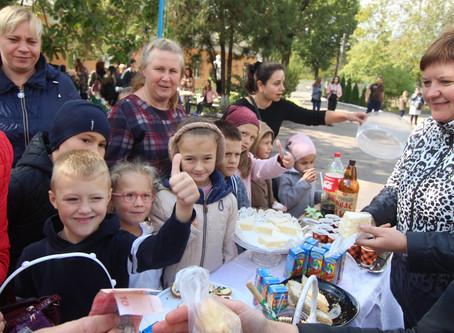 У Новоселицькій ЗОШ №3 збирали гроші на благодійність