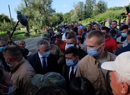 Президент на Новоселиччині: фото, відео
