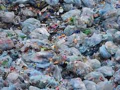 """Стартував період """"звикання"""" до заборони пластикових пакетів"""