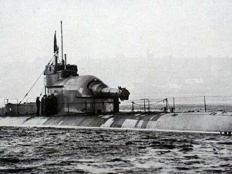 Сьогодні день шепоту і підводного човна
