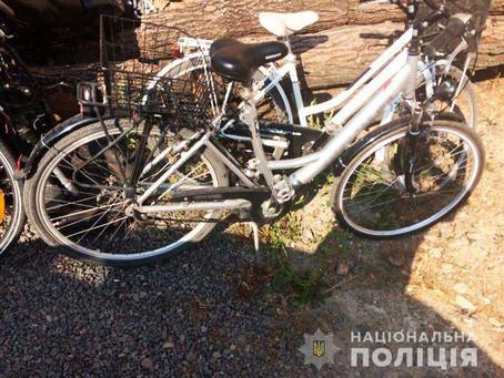 У Новоселиці впіймали велосипедного маніяка з Динівців