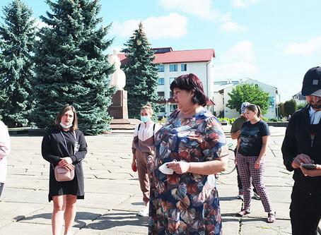 У школах Новоселицької ОТГ провели опитування щодо дистанційного навчання (результати)
