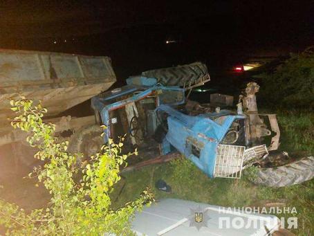 Перекинувся трактор - загинула 6-річна дитина