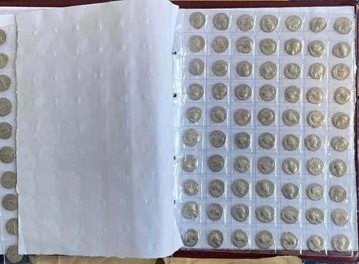 """На КПП """"Мамалига"""" у іноземця виявили колекцію старовинних монет"""