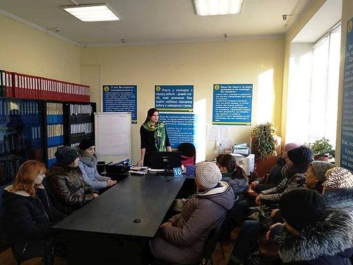 У Новоселиці обговорили становище жінки на ринку праці