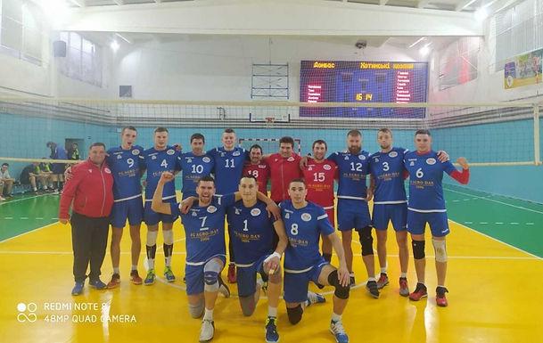 «Хотинські козаки» пробилися до третього етапу Кубку України