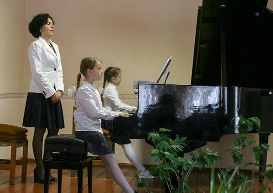 Відбувся обласний семінар викладачів фортепіанних відділів мистецьких шкіл