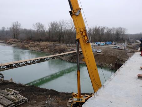 Рух новим мостом у Маршинцях відкриють за лічені дні