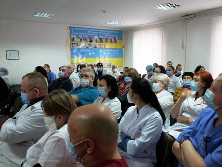 У Новоселицькій лікарні розподілили3,9 млн. грн.. на премії працівникам