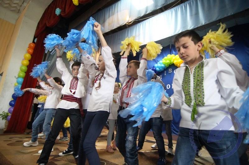 У Котелевому відзначили свято шкільн