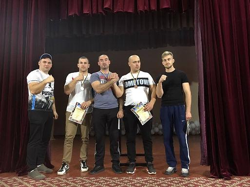 Олександр Незвещук – абсолютний чемпіон області з армреслінгу