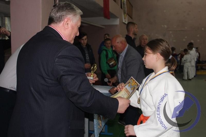 У Новоселиці відбувся міжнародний ту