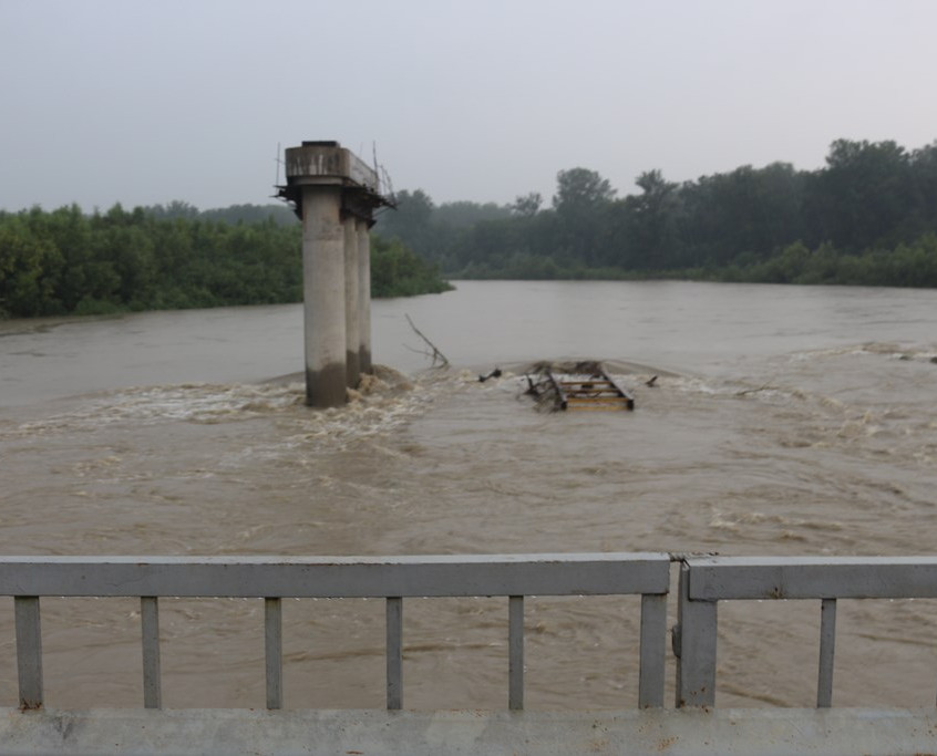Рівень вод в 813 (Новини Новоселиця)