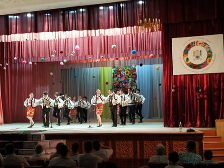 Аматори сцени взяли участь у фестивалі у Кельменцях