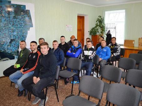 Міський голова зустрілася з новоселицькими футболістами