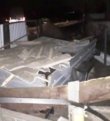 Житель Тарасівців залетів машиною у двір до односельчанина