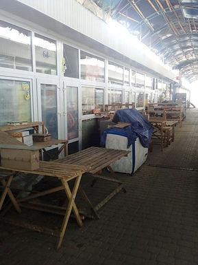 На Новоселицькому ринку «бомбанули» магазини