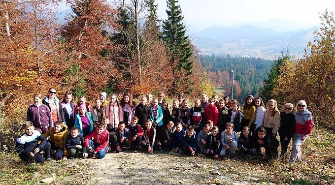 Учні гімназії вивчали географію Карпат