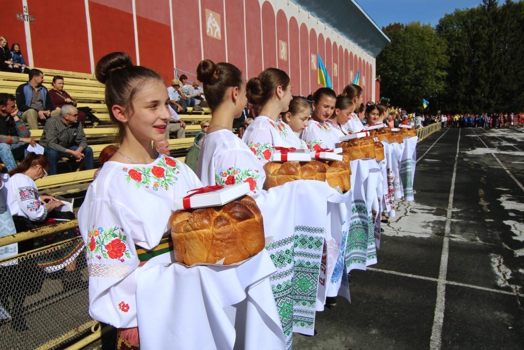У Новоселиці відбувся фінал обласних