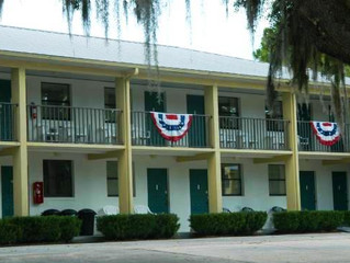 Just SOLD!  Steinhatchee River Inn  $500,000