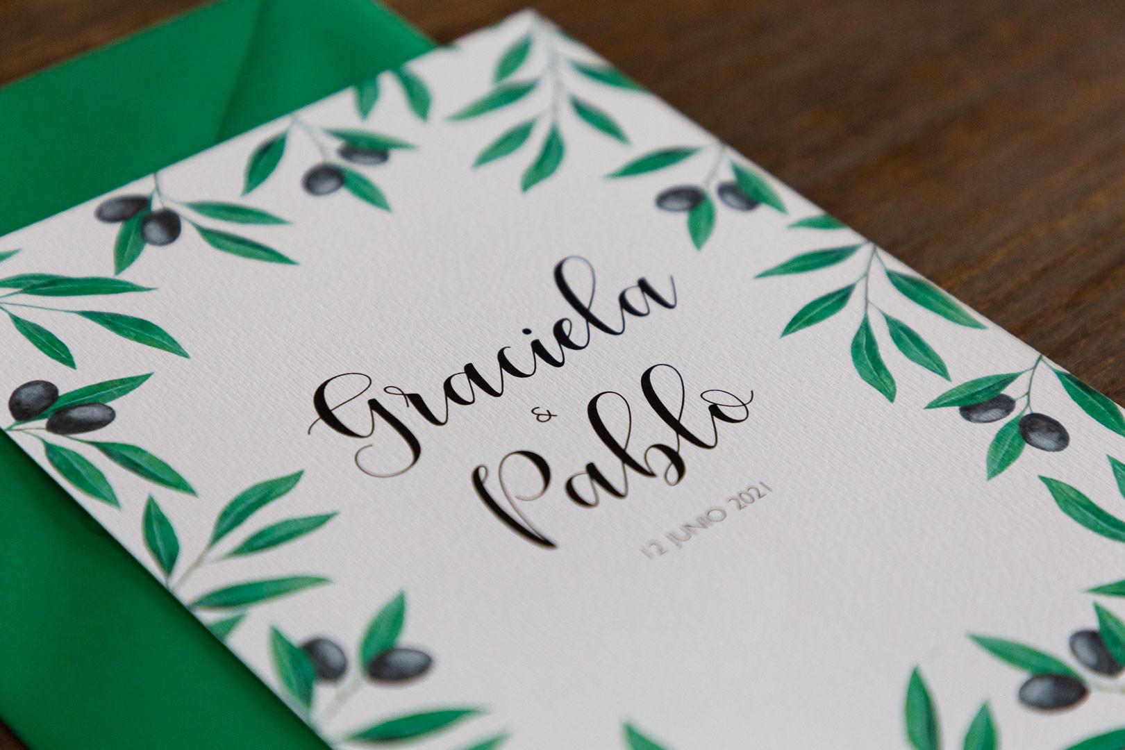 invitaciones de boda, invitacións de voda, invitación floral, invitación de olivo, invitaciones de boda en Santiago, a mueblería fotografía y diseño gráfico