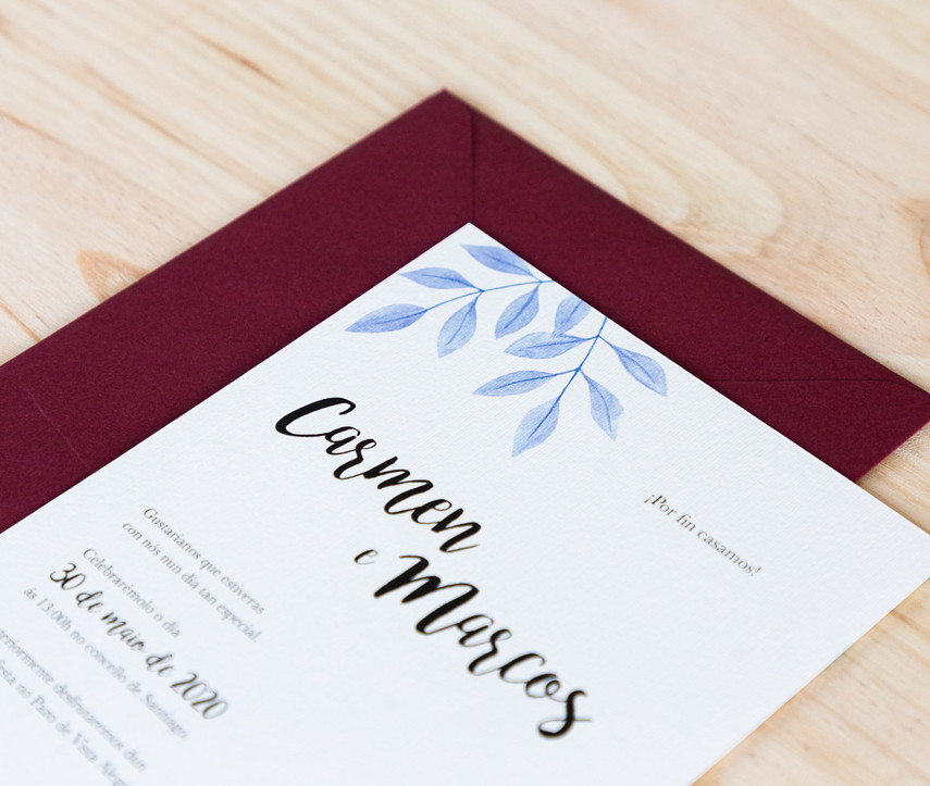 invitaciones de boda, invitaciones de boda en Santiago de Compostela, invitaciones diferentes, invitación de boda floral, invitación de acuarela, estudio de diseño gráfico en Santiago