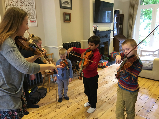 Group Violin Lessons with Miss Elin2
