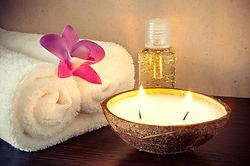 massage hawaïen lomi-lomi Elodie Corrèze Quintessence Brive détente relaxation relaxant zen huile modelage exotique tiaré monoï évasion lâcher prise