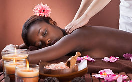 massage africain Elodie Corrèze Quintessence Brive modelage détente zen relaxation relaxant tonifiant énergisant roulé africain beurre de karité drainage bamiliké pétrissage intense percussions