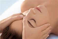 Réflexologie faciale - Dien Chan - acupression - digipression - pied - massage - bien-être - détente - relaxation Elodie Corrèze Quintessence Brive