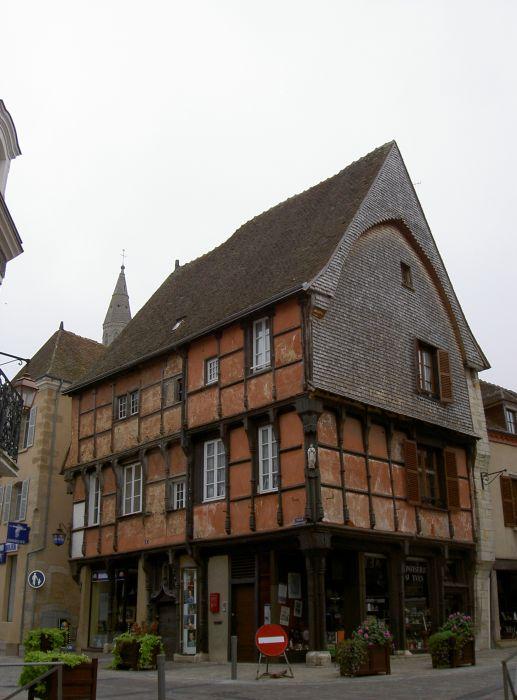 maison-rouge-la-chatre-36.jpg