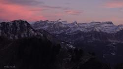Crépuscule sur les Alpes